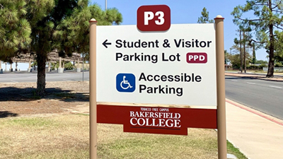 P3 Parking lot sign.