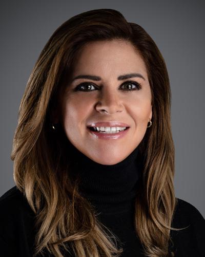 Marie Perez-Dowling headshot