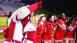 Bakersfield College cheerleaders and mascot