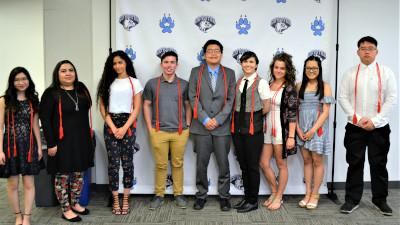 Cerro Coso Honor Graduates l to r: Elinelle Lee, Mariela Germann, Nadia Khatib, Andrew Ostrom, Chance English, Felicity Browne, Carol Blair, Christine Joy Coronel, and Michael Chung. Not pictured: Michael Skipworth, Rhiannon Ximenez, and Grace Lloyd.